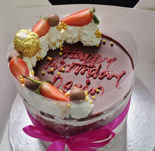 Semi naked cake mini