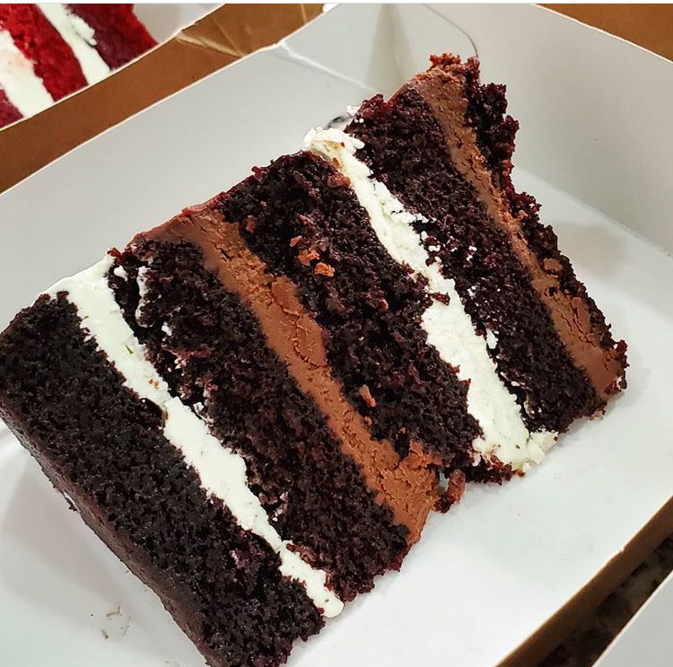 chocolate slice with filling