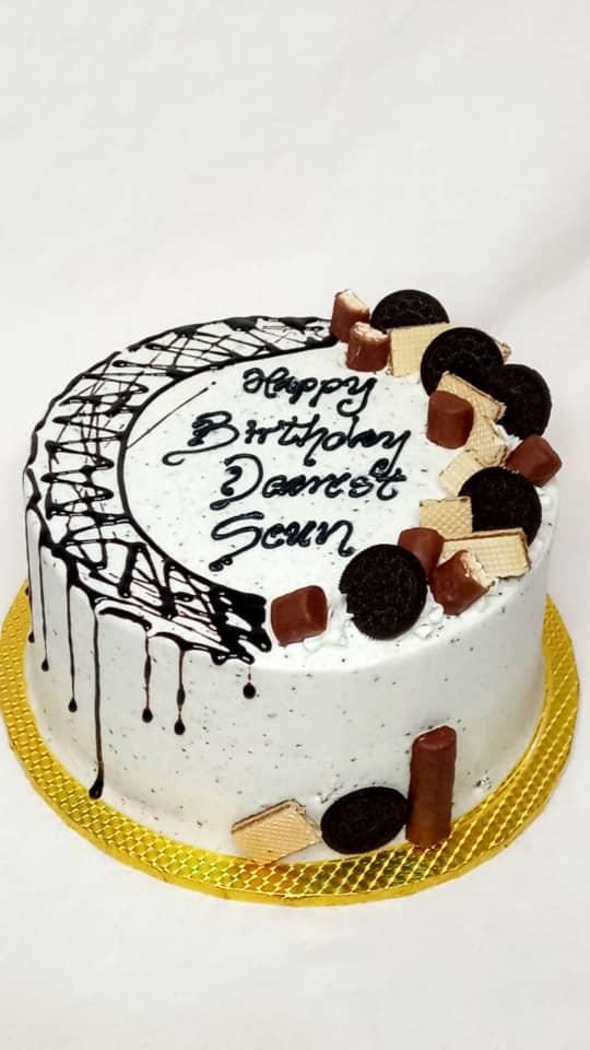 oreo madness cake