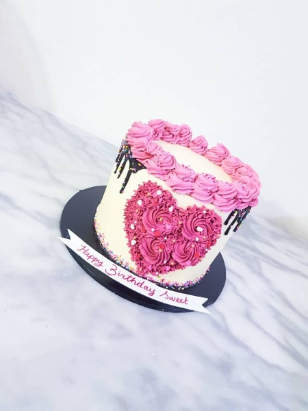 Valentines Cake port harcourt