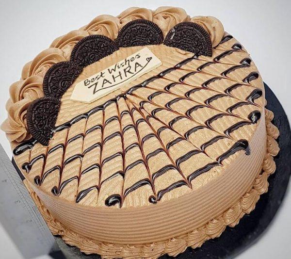 chocolate cake Dee